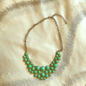 Beautiful green necklace!!